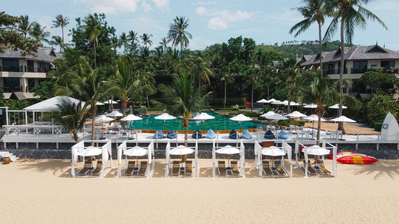 https://assets.anantara.com/image/upload/q_auto,f_auto/media/minor/anantara/images/anantara-bophut-koh-samui-resort/the-resort/anantara_bophut_koh_samui_resort_beachfront_ashore.jpg