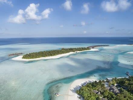 Anantara Dhigu Maldives Resort Unveils Luxurious Modern Beach Villas