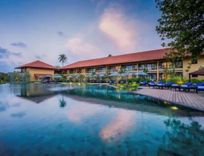 Exotic Ocean Front Weddings at Anantara Kalutara Resort in Sri Lanka