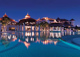 A Touch of Thai Welcomes Guests at Anantara's First Luxury Dubai Beach Resort