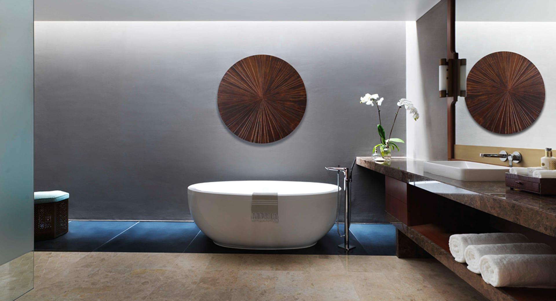 Deluxe Bathrooms of Beach View Villas with Private Bathtub at Anantara Oman