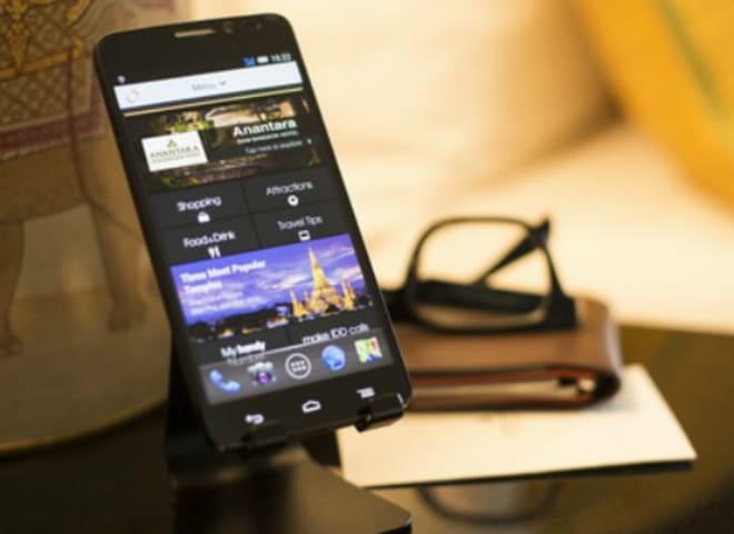 """Anantara Launches Complimentary In-Room """"handy"""" Smartphone at Anantara Siam Bangkok and Anantara Riverside Bangkok"""