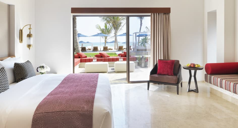 Modern Room with Beach View and Spacious Bed in Oman