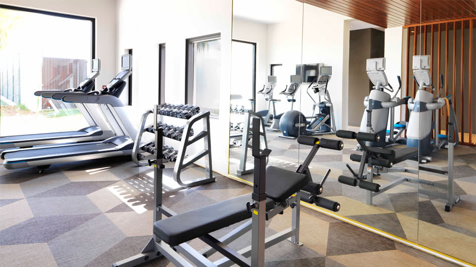 Fitness Centre with Modern Equipments in Oman