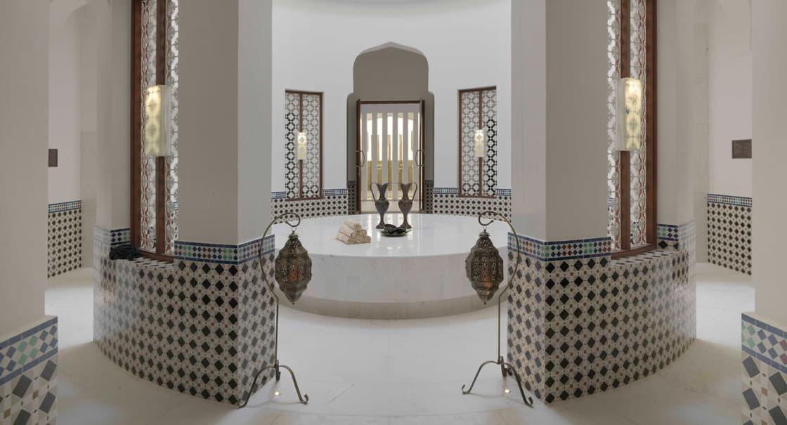 Luxury Facilities with Modern Amenities at Anantara Oman Spa