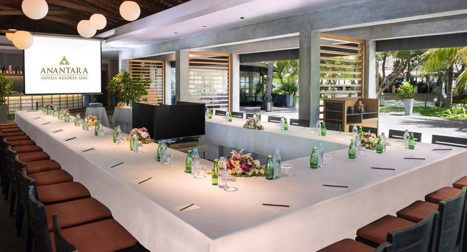 Anantara Dhigu Family Resort Meeting Room