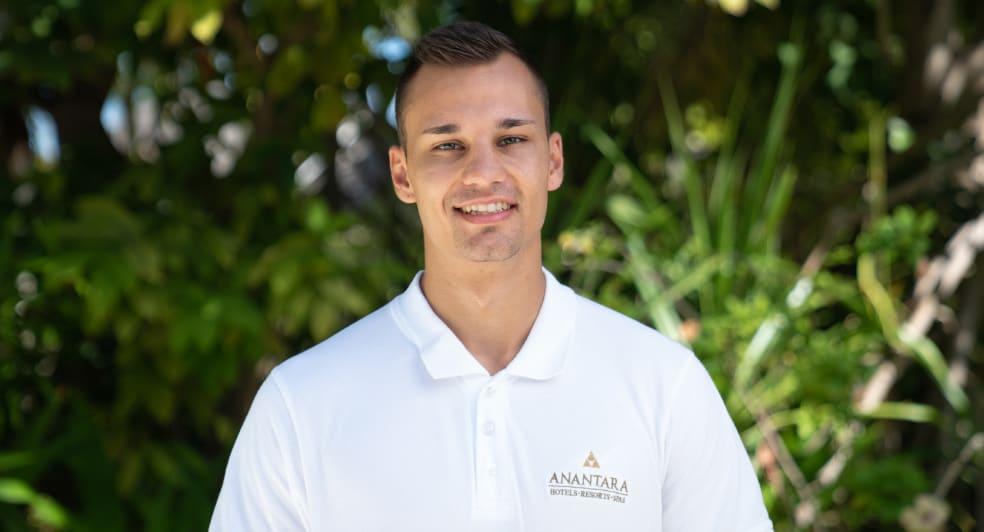 Anantara Dhigu Fitness Instructor for Wellness Leo Paolo Rohrmeier