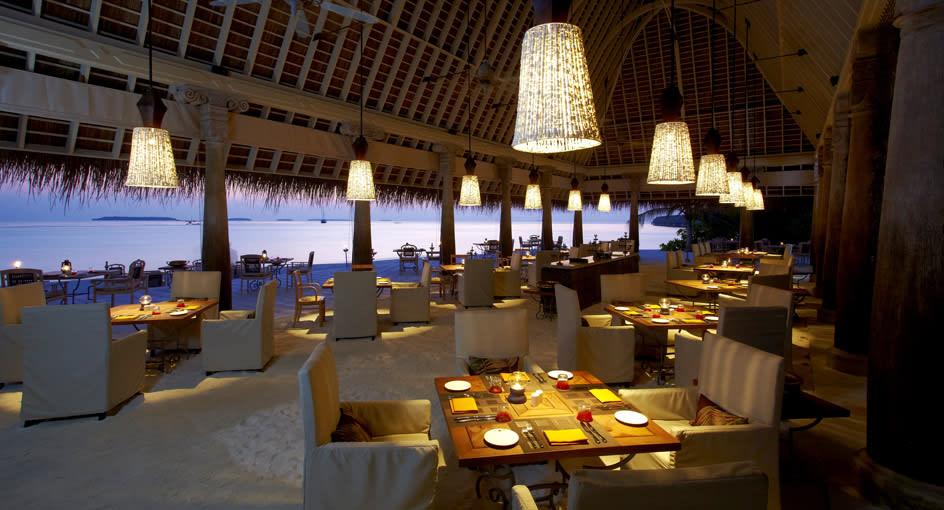 Anantara Kihavah Restaurants