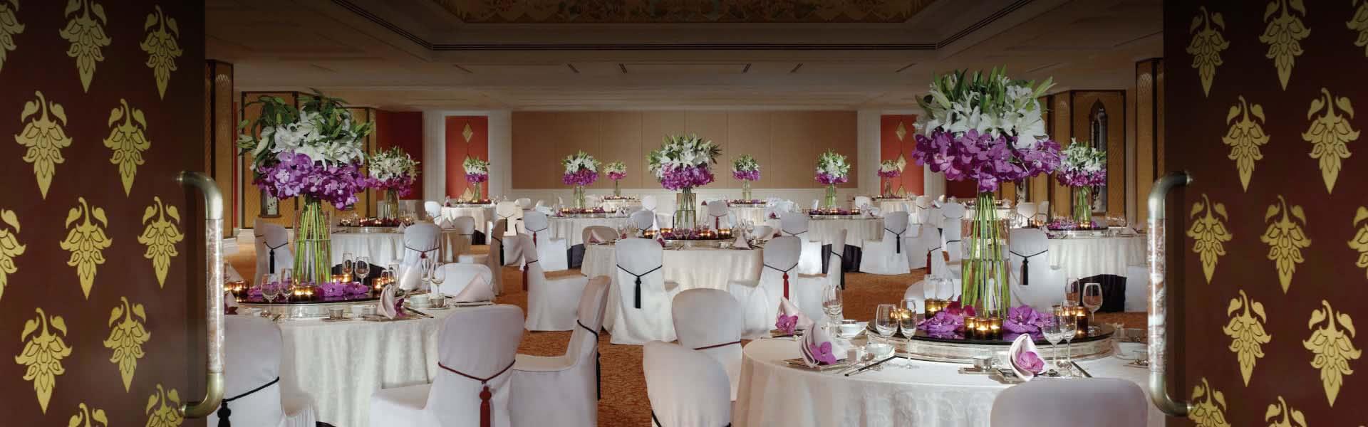Hotel Foyer Flower Arrangements : Bangkok wedding anantara siam hotel
