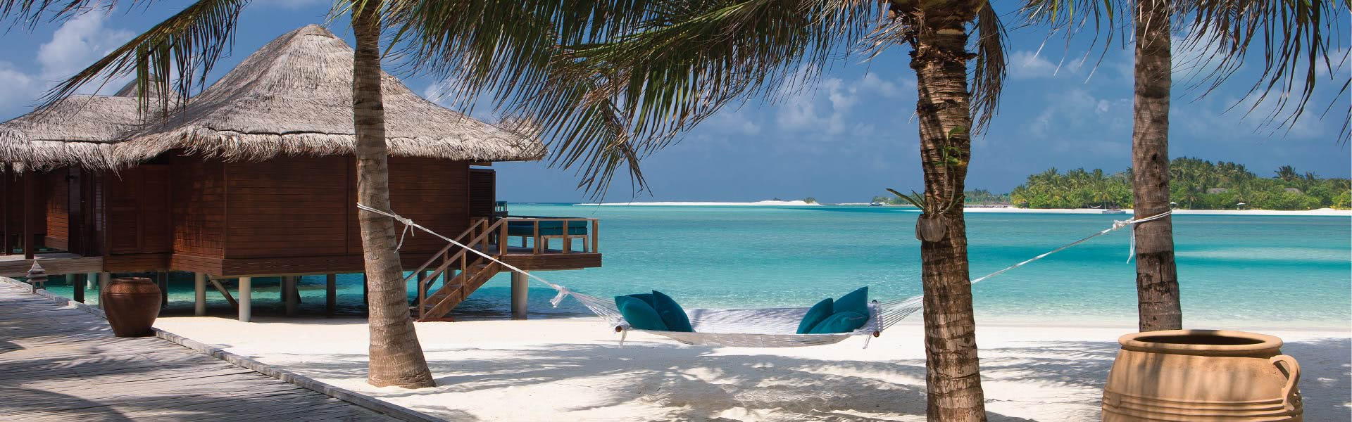 Maldives Bungalow Rooms At Anantara Veli Honeymoon