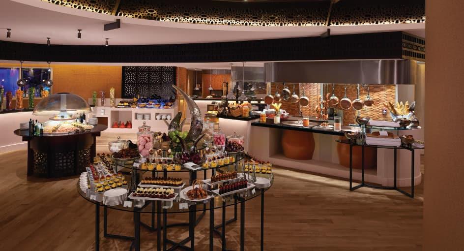 Buffet Setup of Azraq Best Restaurant in Doha