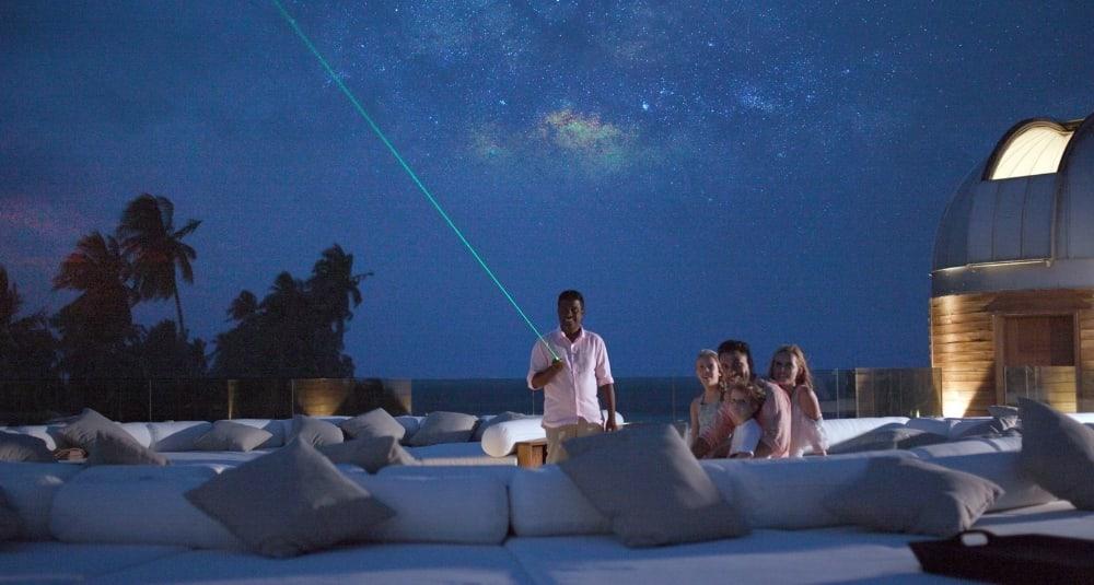 Anantara Kihavah Maldives Villas stargazing