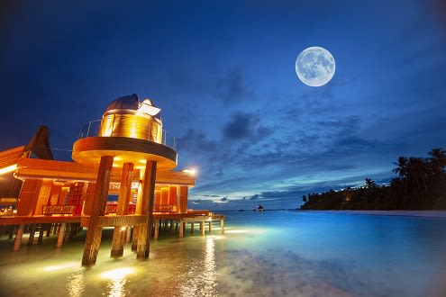 Anantara Kihavah Maldives, an Astronomer's Paradise,  Celebrates 50th Anniversary of Man's First Walk on the Moon