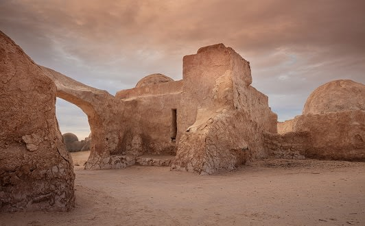 A Tatooine Journey in Tunisia with Anantara Tozeur Resort