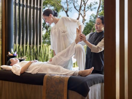 Experience the Ancient Art of Nuad Thai at Anantara Chiang Mai