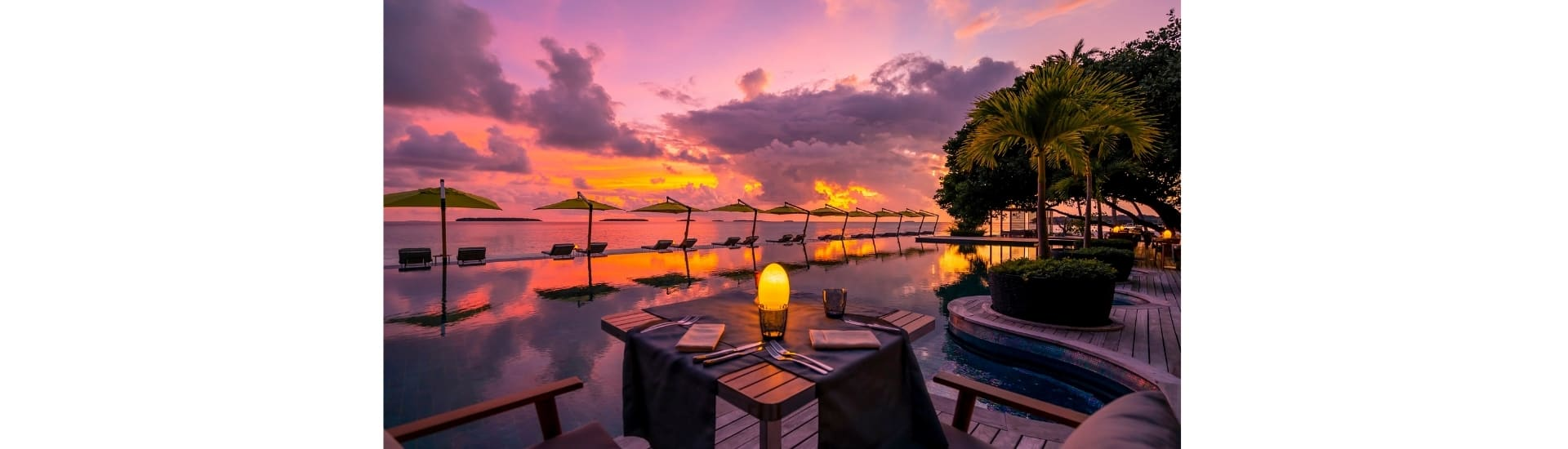 Anantara Kihavah Maldives Villas - Underwater Restaurant