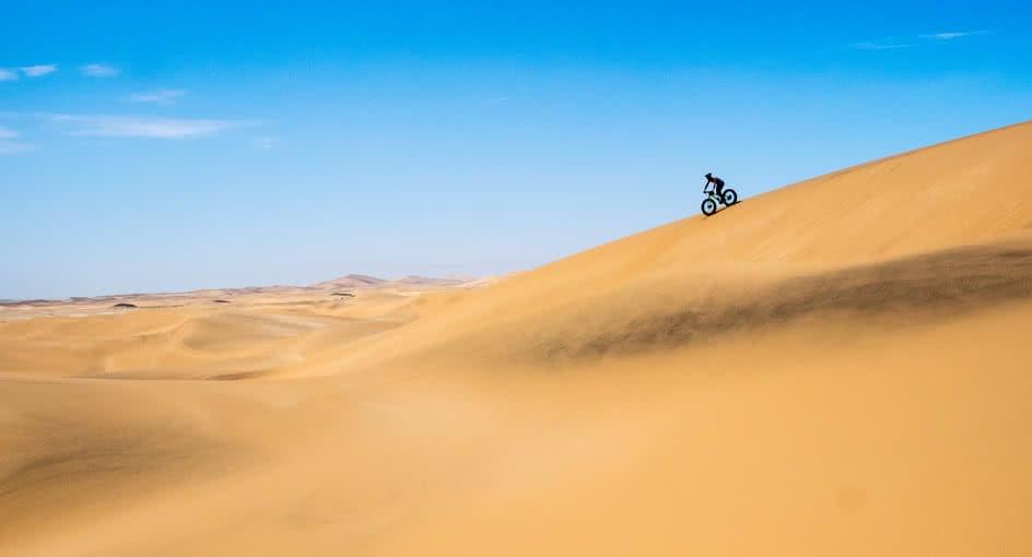 Fat Biking Experience in the Desert of Abu Dhabi