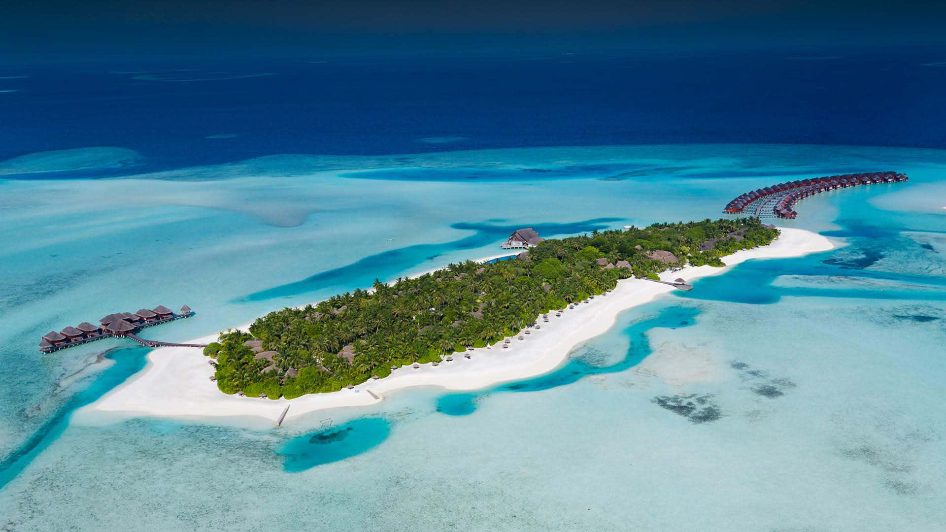 https://assets.anantara.com/image/upload/q_auto/media/minor/anantara/images/anantara-dhigu-maldives-resort/the-resort/anantara_dhigu_island_aerial_header_1920x1080.jpg