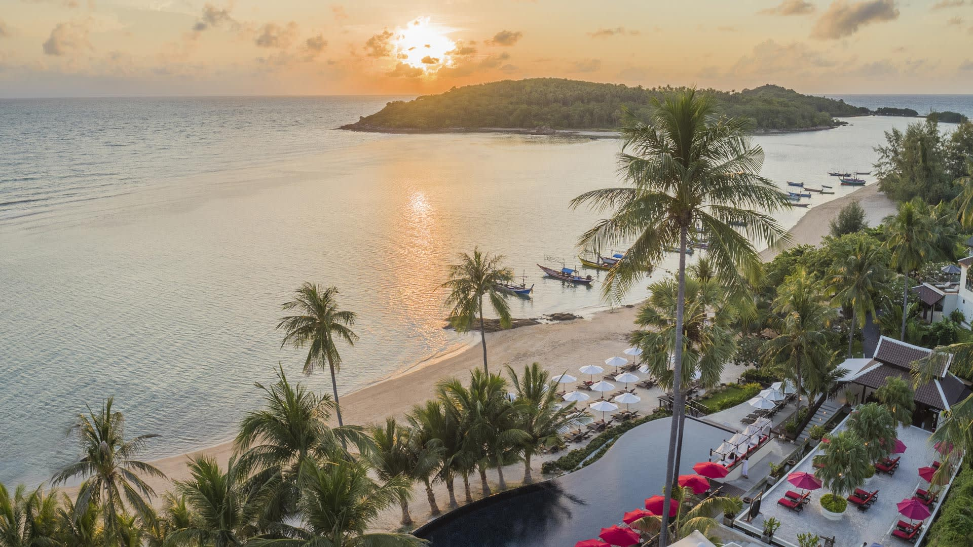 https://assets.anantara.com/image/upload/q_auto/media/minor/anantara/images/anantara-lawana-koh-samui-resort/the-resort/desktop-banner/anantara_lawana_the_resort_desktop_banner_1920x1080.jpg
