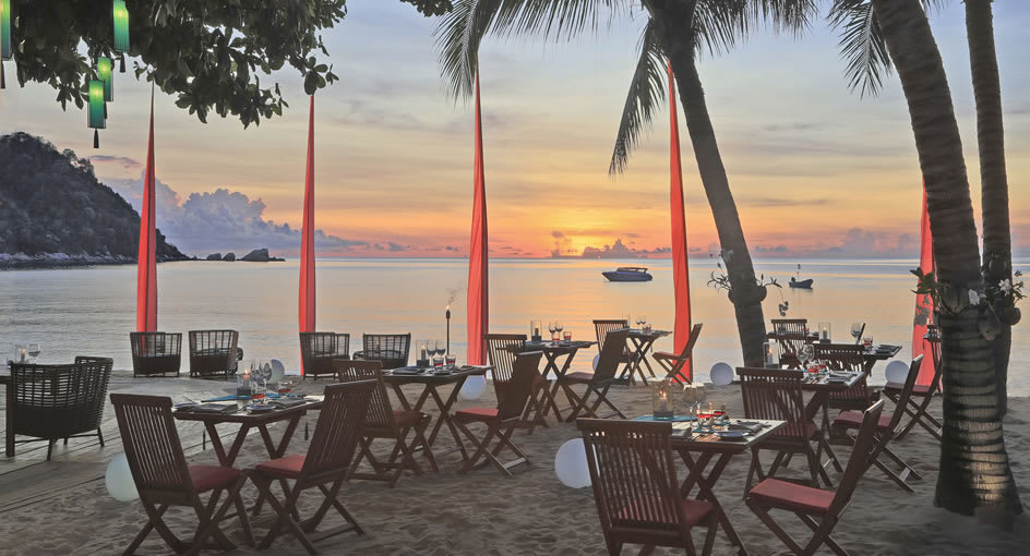 Beachside Dining Package