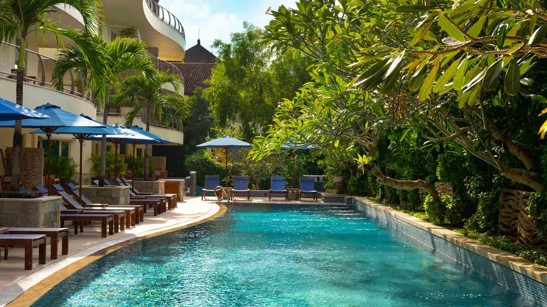 https://assets.anantara.com/image/upload/q_auto/media/minor/anantara/images/anantara-vacation-club-legian-bali/the-resort/anantara_vacation_club_legian_pool_desktop_banner_1920x1080.jpg