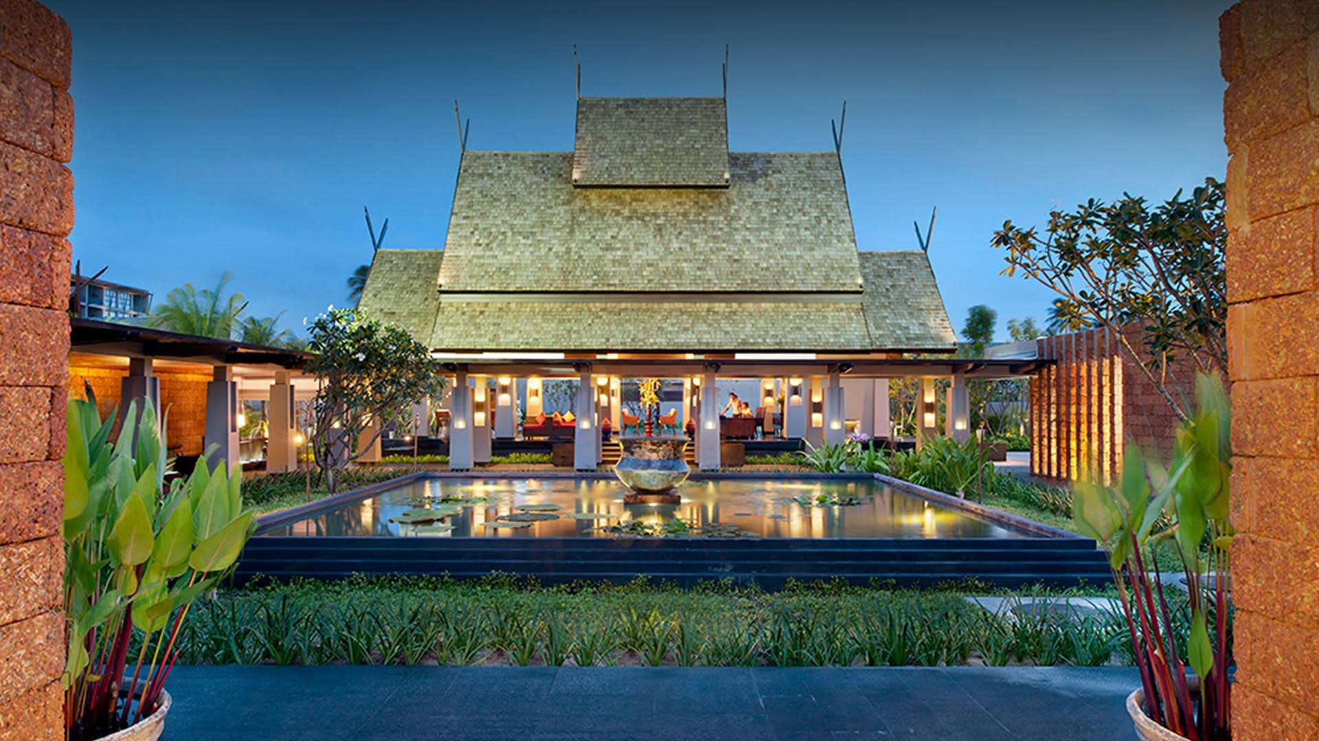 https://assets.anantara.com/image/upload/q_auto/media/minor/anantara/images/anantara-vacation-club-mai-khao-phuket/the-resort/anantara_vacation_club_mai_khao_entrance_header_1920x1080.jpg